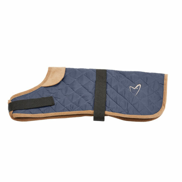 Water resistant Quilted outer Fleece lined Adjustable girth and neck Velcro fastenings Machine washable Harness hole